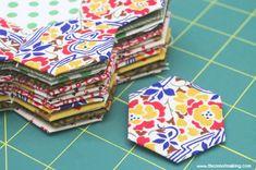 Tutorial: English Paper Piecing, Hexies Part 1 #quilting #hexies #sewing #englishpaperpiecing