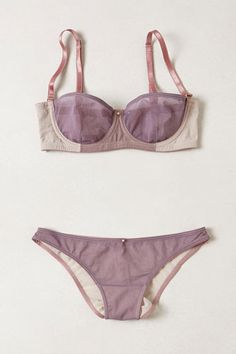 Anthropologie Intimate Apparel - Cute Bras Fall 2013 Out with the old and in with the new — these 16 lingerie pieces from Anthropologie are too pretty to be left on the rack. Lingerie Bonita, Lingerie Babydoll, Lingerie Fine, Pretty Lingerie, Beautiful Lingerie, Bra Lingerie, Lingerie Sleepwear, Nightwear, Lingerie Design