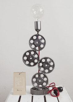 Industrial lamp made of pulleys and cogs Modern by RECONrenewed