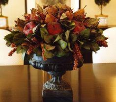 Great Floral & Fruit Centerpiece idea