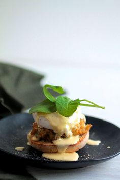 Easy Crabcake Eggs Benedict