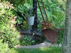 Jak zaprojektować mały ogród przydomowy Garden Cottage, Watering Can, Garden Tools, Canning, Plants, Pisces, Yard Tools, Plant, Home Canning