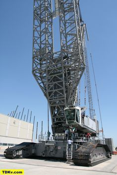Rocketumblr | Liebherr LR 13000 crawler crane