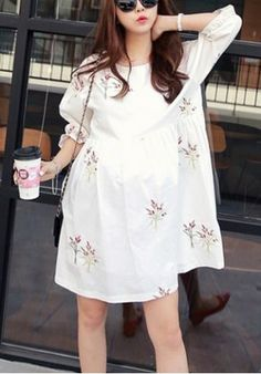 Refreshing Round Neck Flower Embroidery 3/4 Sleeve Dress For Women