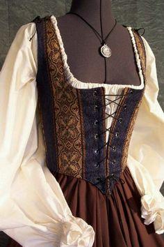 Medieval dress with corset Mode Renaissance, Costume Renaissance, Medieval Costume, Renaissance Fashion, Renaissance Clothing, Medieval Dress, Historical Clothing, Renaissance Outfits, Period Outfit