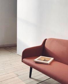 simple feminine living room
