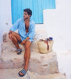 55 Best Summer Fashion Beach Outfit for Mens - Fashion and Lifestyle Men Looks, Trendy Fashion, Mens Fashion, Summer Outfits Men, Masculine Style, Moda Casual, Herren Outfit, Swimwear Fashion, Clothing Styles