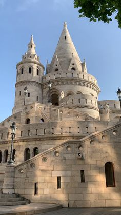 goals videos Best Things To Do In Budapest Hungary Fisherman's Bastion is one of the best things to do in Budapest Hungary Visit Chile, Budapest Things To Do In, Budapest Travel, Hungary Travel, South America Travel, Travel Videos, Travel Goals, Europe Travel Tips, Travel Around The World