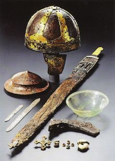 5th century Alemannic grave goods Ancient Music, Medieval Music, Medieval Art, Celtic Sword, Sea Peoples, Norman Conquest, Merovingian, Medieval Helmets, Germanic Tribes