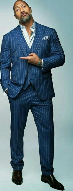 Dwayne Johnson plays the same guy in every movie? - Dwayne Johnson plays the same guy in every movie? Dwayne Johnson Ballers, The Rock Dwayne Johnson, Rock Johnson, Dwayne The Rock, Dwayne Johnson Muscles, Dwane Johnson, Evolution Of Fashion, Hollywood Star, Mens Fashion Suits
