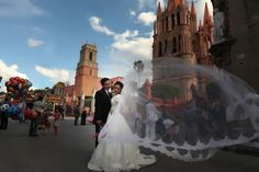 Mexican wedding at San Miguel de Allende.