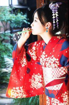 """"""" 「橋本環奈」+「Little Star """" Kimono Japan, Yukata Kimono, Japanese Kimono, The Most Beautiful Girl, Beautiful Asian Women, Traditional Fashion, Traditional Dresses, Traditional Kimono, Japanese Beauty"""
