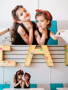 mother and daughter pinup themed portrait session at Shake Shake Shake in Tacoma, Washington by Jenny Storment Photography #pin-up #vintage #motheranddaughters