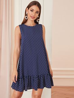 To find out about the Ruffle Hem Polka Dot Dress at SHEIN, part of our latest Dresses ready to shop online today! Simple Dresses, Cute Dresses, Casual Dresses, Summer Dresses, Summer Clothes, Simple Dress Casual, Maxi Dresses, Elegant Dresses, Beautiful Dresses
