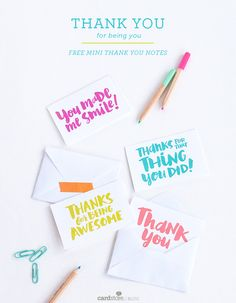 "Someone brighten your day? Use these free printable notes to say ""thank you for … Printable Thank You Notes, Thank You Card Template, Free Thank You Cards, Free Printable Tags, Thank You Gifts, Free Printables, Appreciation Note, Notes Free, Birthday Thank You"