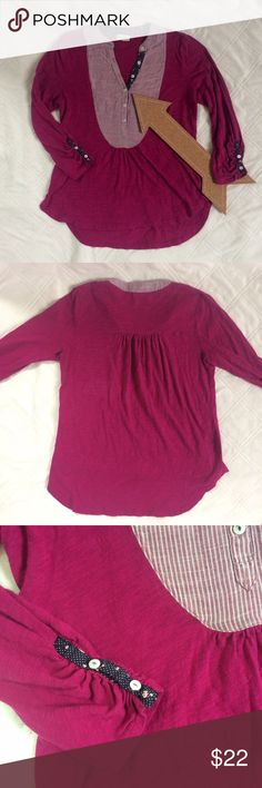 🆕ANTHROPOLOGIE MEADOW RUE HI-LOW BUTTONED SLEEVE Stunning bright cotton long sleeve shirt with adorable collared detail and buttoned sleeves. Features a loose hi-low cut. Great for spring, just pair with some khakis or jeans! Anthropologie Tops