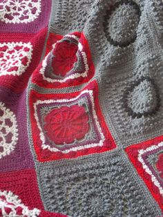 ✻ ✼ Reduzidos Cobertor winterberry Afegãos do Arco-Íris Crochê Pássaro -  / ✻ ✼  Reduced  WinterBerry Afghan Blanket Rainbow Bird Crochet Hooks -