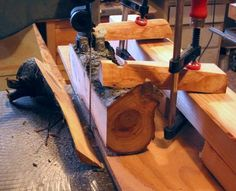 Bandsaw sled for milling small logs