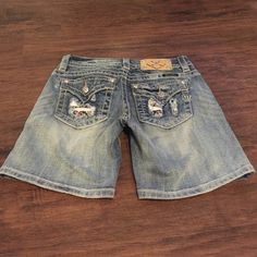 New Miss Me Shorts New without tags Miss Me shorts size 25 Miss Me Shorts