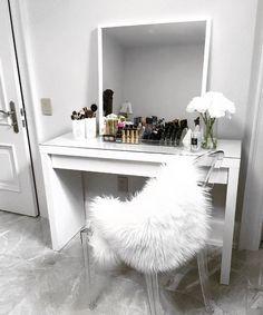 DIY Vanity Mirror Ideas to Make Your Room More Beautiful ...