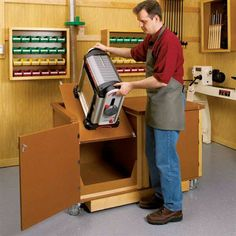 Buy Flip-Top Work Center - Downloadable Plan at Woodcraft.com