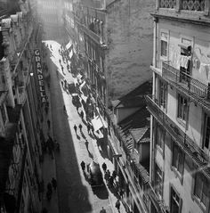 Rua do Carmo, Lisboa (J. Benoliel, 1957)