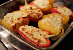Fetaostfyllda paprikor Lchf, Keto, Taste Buds, Baked Potato, Mashed Potatoes, Low Carb, Vegetarian, Stuffed Peppers, Meals