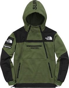 Supreme Supreme®/The North Face® Tactical Wear, Tactical Clothing, Supreme Clothing, Prestige Clothing, Mens Fleece Jacket, Style Masculin, Outdoor Outfit, Mode Outfits, Mens Sweatshirts