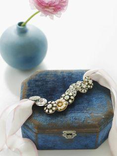 DIY bracelet from vintage buttons