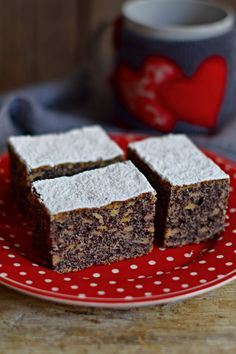 Gyors almás-mákos süti bögrésen | Rupáner-konyha Sweet Recipes, Cake Recipes, Dessert Recipes, Hungarian Cake, Winter Food, Cakes And More, Bakery, Food And Drink, Cooking Recipes