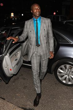 ozwald boateng 2014 - Google Search Grey Suit Men, Grey Suits, Men's Suits, Stylish Menswear, Stylish Mens Fashion, Ozwald Boateng, African Clothing For Men, Plaid Suit, Gq Magazine