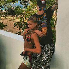 Novo casal: a modelo Hailey Baldwin e o cantor Justin Bieber