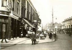 Penge High Street C 1936 with The Pawleyne Arms Pub on the left.