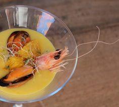 Gazpacho de mandarina con mejillones y langostino 10