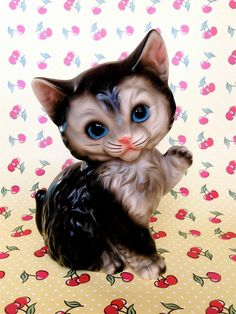 Vintage Kitsch Blue Eyed Kitty Cat Saying Hello by modpets on Etsy, $12.00