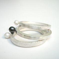 Emma 2mm ring zilver bal witte handgemaakte van 2212jewelry op Etsy
