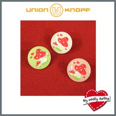 """My weekly darling! Ein süßer Knopf im Design von tante ema®! Eine """"Pilzmama"""" mit kleinem Pilz – umgeben von Herzchen. Gibt es in verschiedenen Pastellfarben sowie in Schwarz. Applikationen und Bänder bieten wir passend dazu an! #tanteema #unionknopf #knöpfe #buttons"""