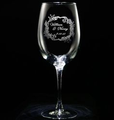 Engraved Personalized Wedding Wreath Wine Glass at Crystal Imagery. Perfect bridal shower or engagement gift for the bride and groom. Monogram Wine Glasses, Wedding Wine Glasses, Red Wine Glasses, Personalized Wine Glasses, Personalized Wedding, Wine Gift Baskets, Wine Glass Rack, Wine Deals, Beer Mugs