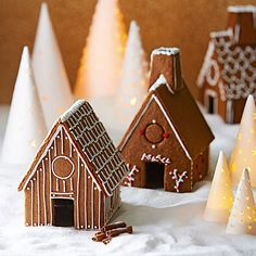 Crispy Gingerbread - This festively spiced recipe (with a hint of orange zest) makes thin, crunchy cookies that work well for gingerbread houses, edible place cards and ornaments. Christmas Gingerbread House, Noel Christmas, Gingerbread Cookies, Christmas Cookies, Gingerbread Houses, Gingerbread Recipes, Christmas Mood, Christmas Desserts, Holiday Treats