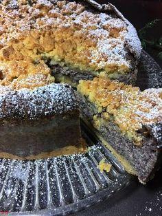 Schon lange hatte ich keinen Kuchen mehr mit Mohn …es wurde Zeit und so habe ich einen ganz einfach gebacken. Schnell fertig ohne grossen Aufwand und mit Zutaten, die ich noch im Haus hatte. …
