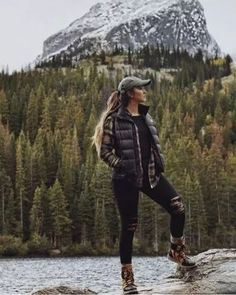 Winter workout outfit for women cute hiking outfit, mountain hiking outfit, Winter Hiking, Winter Camping, Cute Hiking Outfit, Cute Camping Outfits, Womens Hiking Outfits, Hiking Boots Outfit, Summer Hiking Outfit, Winter Workout Outfit, Camping Clothes For Women
