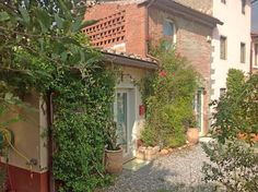 Lucca Farmhouse east hills. Italy real estate, Tuscany property for sale. www.lucaevillas.it