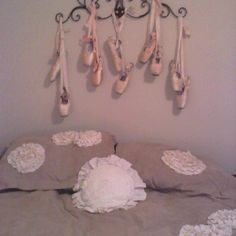 For the ballerina. How to decorate with old pointe shoes!