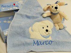 Wir lieben Labradore! Schön, dass es gerade eine Hund Labrador Hardy bei Sterntaler gibt! Auf dem Bild - ein herzliches Geschenk Set aus einem Handtuch und einer Spieluhr. Das Handtuch wird von Pastellino liebevoll mit Namen bestickt.http://www.pastellino-shop.de/Geschenk-Set-Labrador-Hardy-von-Sterntaler-_idQQ1ZZmodeQQartdetailZZcatQQ180ZZpidQQ6600ZZvidQQ4542