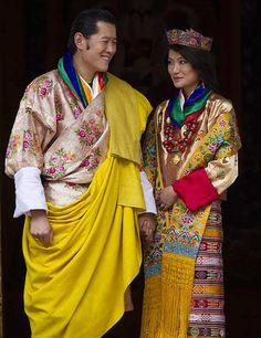 The wedding of King Jigme Khesar Namgyal Wangchuck of Bhutan to his commoner bride, Jetsun Pema. October 13th, 2011. #royalty