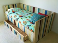 Sloophout kinderbed met lade | bedbank met lade | sloophouten bed | de Steigeraar
