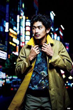 東京時尚!日本性格演員瑛太Eita示範7位日本新生代設計師2015春夏系列 | GQ瀟灑男人網