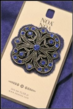 Noa Noa Angel Brooch 1-3504-1 in Royal Blue