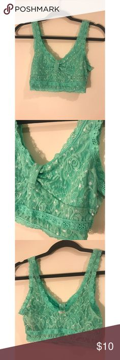 GILLY HICKS sea green unlined bralette (Size M) GILLY HICKS (a Abercrombie & Fitch company) sea green unlined bralette with lace and white polka dots. Well made, super comfortable and really cute. Perfect for everyday. NO TRADES. BUNDLE DEALS Gilly Hicks Intimates & Sleepwear Bras