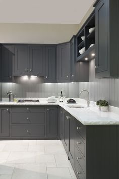 24 Elegant Dark Grey Kitchen Cabinets Paint Colors Ideas You see, I'd wanted my cabinets black for a very long moment. While white cabinets are lovely, they're not the only means to reach a pretty kitchen. Dark Grey Kitchen Cabinets, Grey Kitchens, Painting Kitchen Cabinets, White Cabinets, Kitchen Grey, Refinish Cabinets, Medium Kitchen, Kitchen Modern, Kitchen Colors